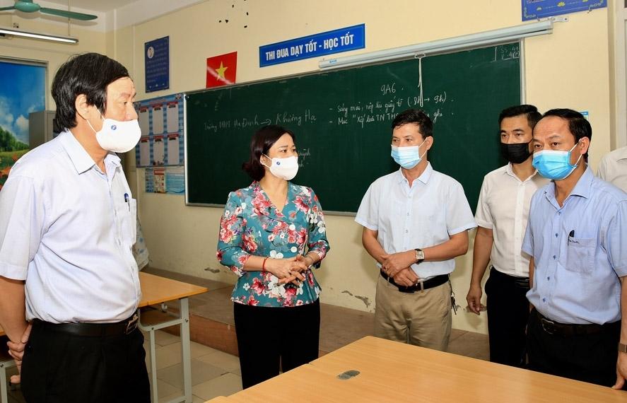 Hà Nội thành lập 15 đoàn kiểm tra công tác phòng, chống Covid-19 gắn với tổ chức tuyển sinh