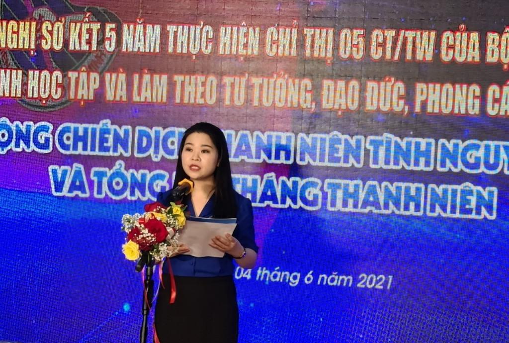 Đồng chí Bí thư Thành đoàn Hà Nội phát biểu tại chương trình