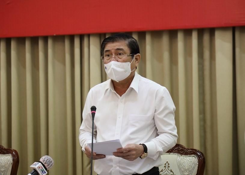 Chủ tịch UBND TP Nguyễn Thành Phong chủ trì cuộc họp.