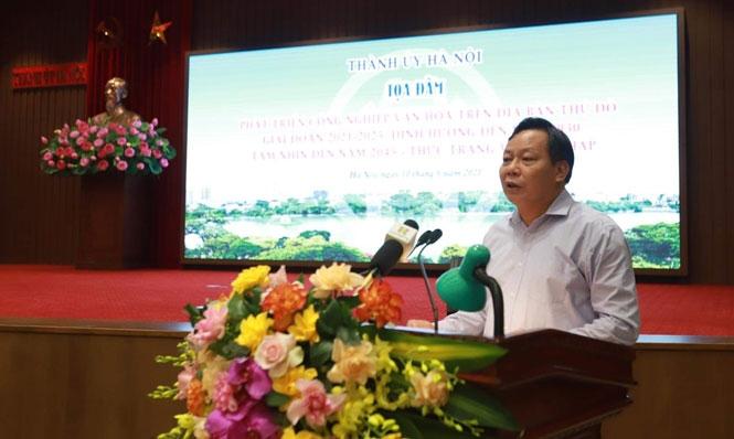 Phó Bí thư Thành ủy Hà Nội Nguyễn Văn Phong phát biểu tại tọa đàm.