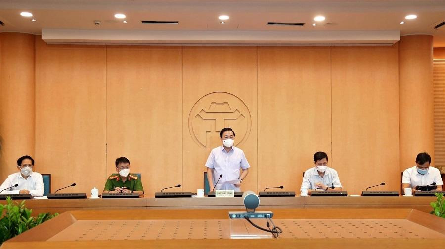 Phó Chủ tịch UBND TP Hà Nội Chử Xuân Dũng phát biểu tại điểm cầu Hà Nội