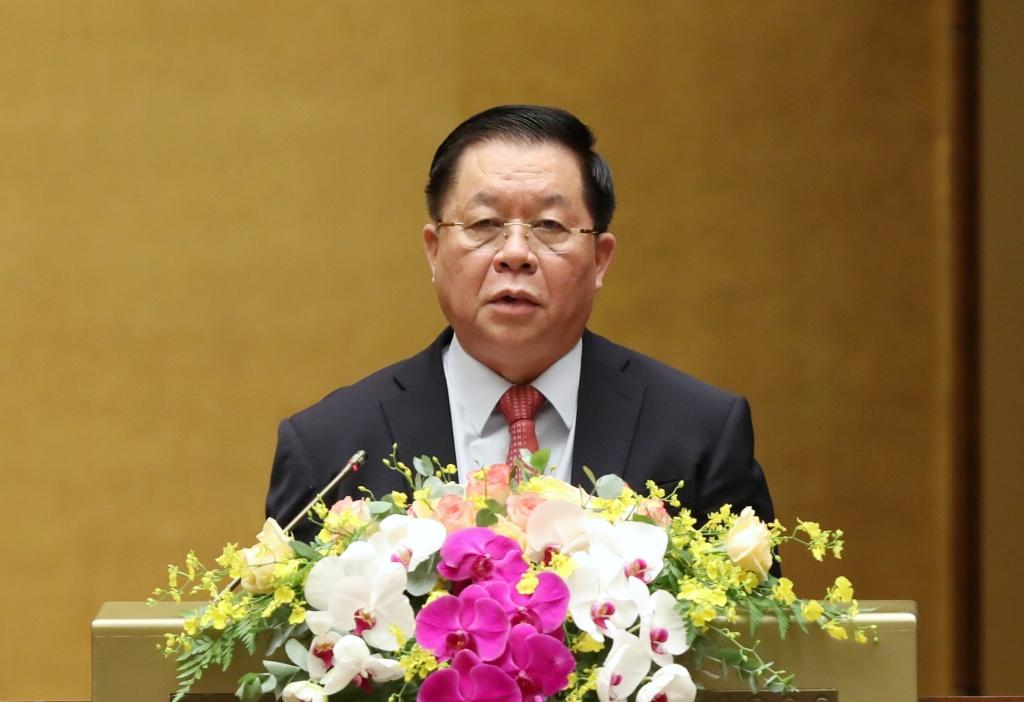 Bí thư Trung ương Đảng, Trưởng Ban Tuyên giáo Trung ương Nguyễn Trọng Nghĩa báo cáo tại hội nghị