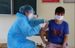 Triển khai tiêm vắc xin phòng Covid-19 đợt 3 và 4 trên địa bàn thành phố Hà Nội