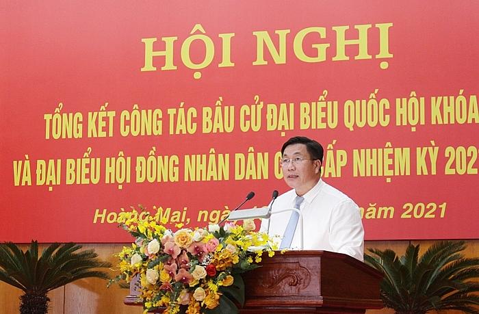 Bí thư Quận ủy Hoàng Mai Nguyễn Quang Hiếu phát biểu tại hội nghị