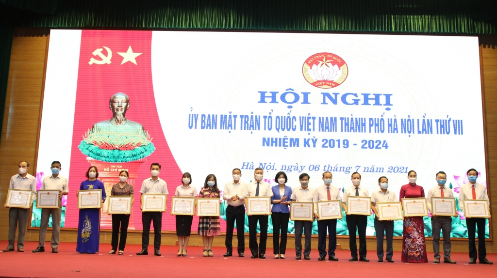 Các tập thể nhận bằng khen của UBND TP trong công tác bầu cử
