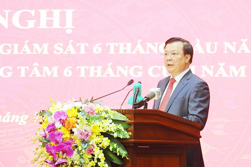Bí thư Thành ủy Đinh Tiến Dũng phát biểu chỉ đạo tại hội nghị