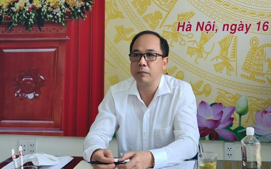 Đồng chí Nguyễn Mạnh Hưng, Bí thư Chi bộ, Tổng Biên tập Báo Tuổi trẻ Thủ đô điều hành buổi sinh hoạt