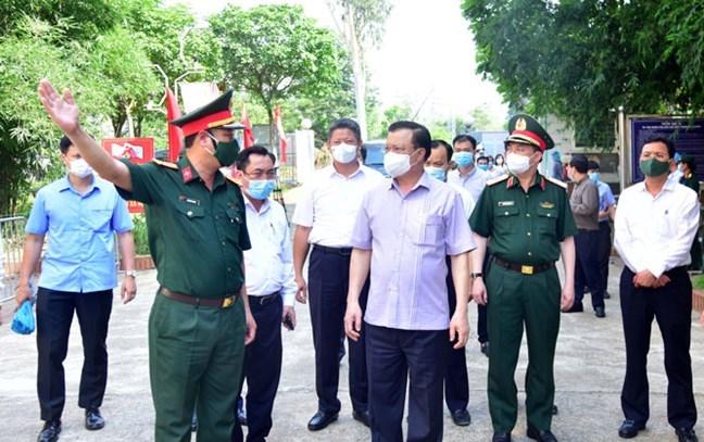 Bí thư Thành ủy Hà Nội Đinh Tiến Dũng kiểm tra công tác phòng, chống dịch tại huyện Thạch Thất
