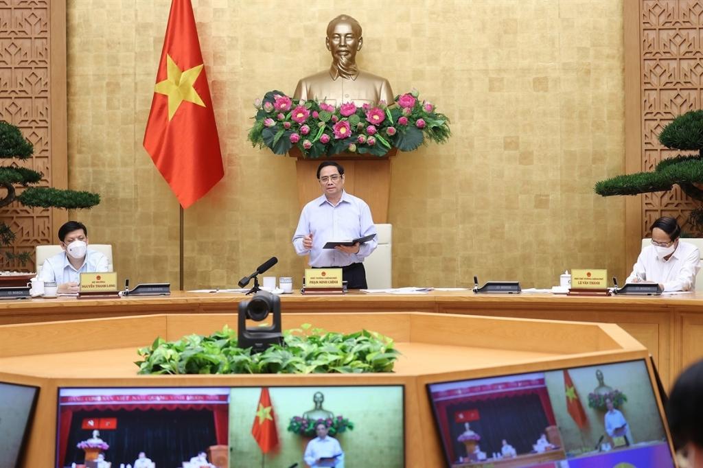 Chính phủ yêu cầu Ban chỉ đạo quốc gia phòng, chống dịch Covid-19, các bộ, ngành tăng cường chỉ đạo tập trung, thống nhất, chuyên sâu đối với Thành phố Hồ Chí Minh và các tỉnh phía Nam ở cấp liên vùng