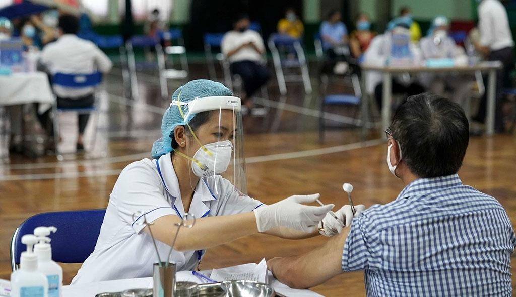 Hà Nội quyết tâm chuẩn bị kỹ để thực hiện thật hiệu quả chiến dịch tiêm vắc xin khi được phân bổ.