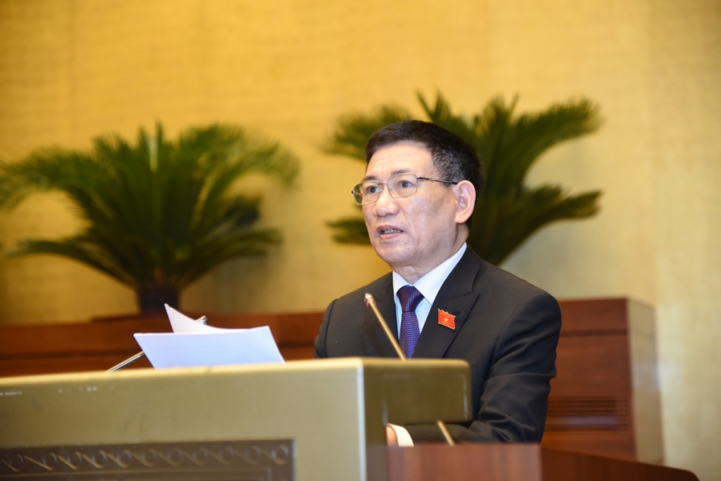 Bộ trưởng Bộ Tài chính Hồ Đức Phớc trình bày Báo cáo về công tác thực hành tiết kiệm, chống lãng phí năm 2020