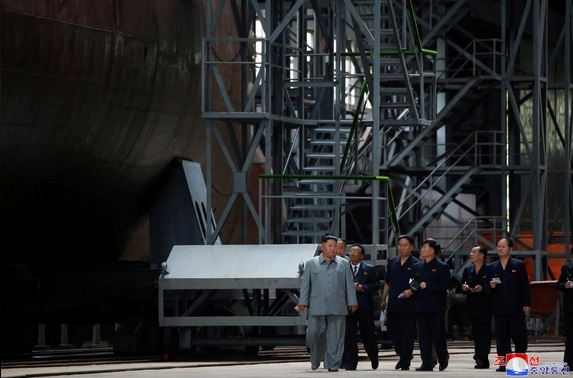 Tiết lộ sức mạnh đáng gờm của tàu ngầm Triều Tiên thế hệ mới