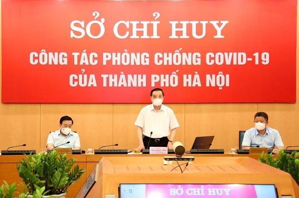 Chủ tịch UBND TP Chu Ngọc Anh, Chỉ huy trưởng công tác phòng chống Covid-19 Hà Nội chỉ đạo tại phiên họp