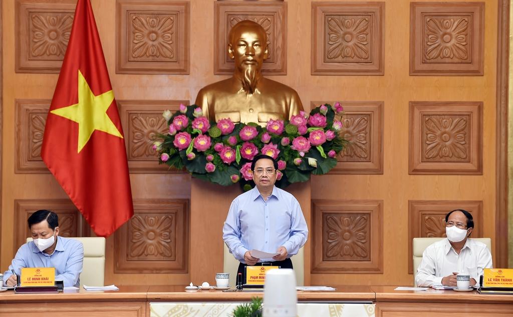 Thủ tướng Phạm Minh Chính chủ trì Hội nghị trực tuyến toàn quốc của Chính phủ với các doanh nhân, đại diện doanh nghiệp, các hiệp hội doanh nghiệp...