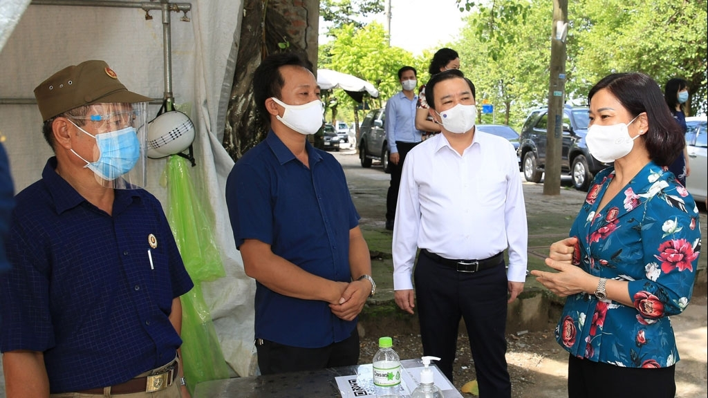 Huyện Thanh Trì cần nâng cao hiệu quả điều tra truy vết, đẩy nhanh tiến độ xét nghiệm
