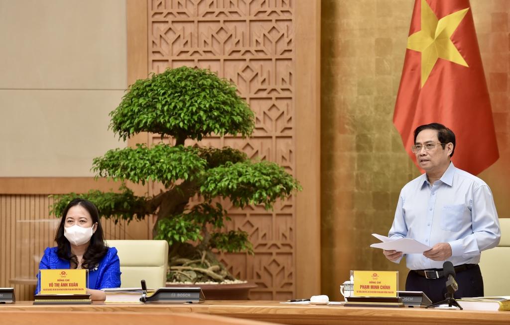 Thủ tướng Phạm Minh Chính - Chủ tịch Hội đồng Thi đua - Khen thưởng Trung ương phát biểu tại cuộc họp. Ảnh Nhật Bắc