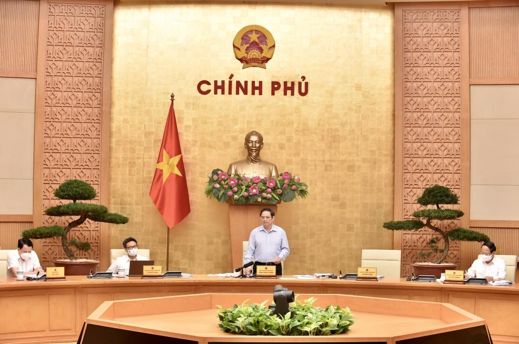 Thủ tướng Phạm Minh Chính: Xây dựng, hoàn thiện thể chế là nhiệm vụ trọng tâm, đột phá nhưng phải cân đối nguồn lực để làm có trọng tâm, trọng điểm