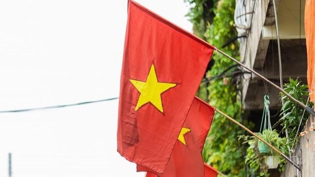 Hà Nội treo cờ Tổ quốc chào mừng kỷ niệm 76 năm Quốc khánh 2/9