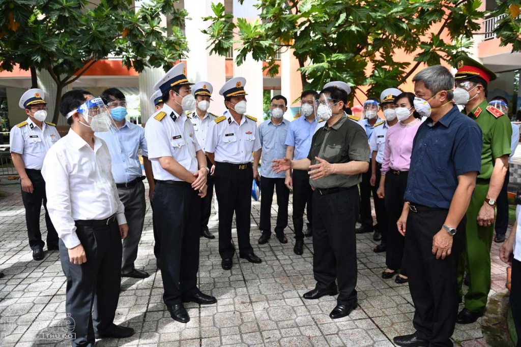 Thủ tướng Chính phủ kiểm tra công tác chống dịch Covid-19 tại TP.HCM