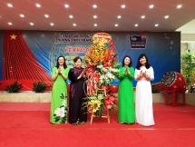 Chủ tịch HĐND TP Hà Nội Nguyễn Thị Bích Ngọc dự lễ khai giảng tại trường THPT Trần Nhân Tông
