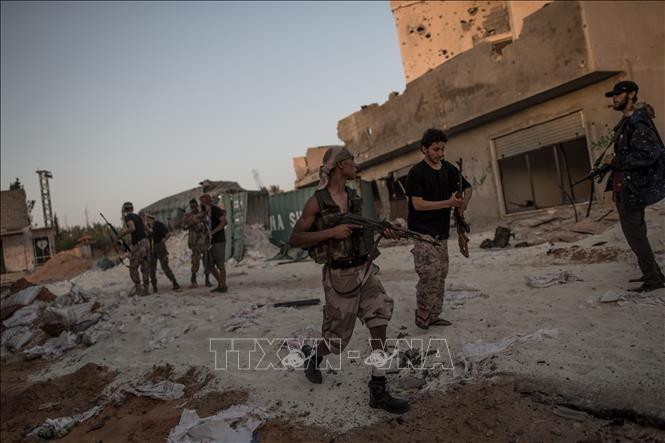 hang chuc nguoi thuong vong vi giao tranh du doi tai tripoli libya