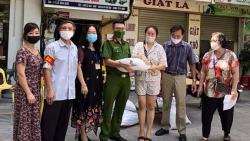 """Hà Nội bước vào """"trận chiến"""" mới, vững tin chống dịch"""