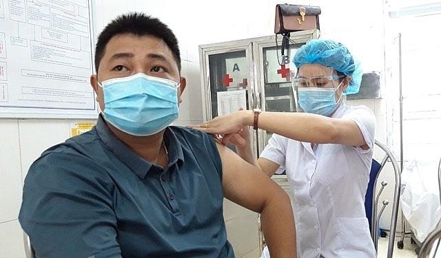 Tiêm chủng tại TTYT huyện Phú Xuyên