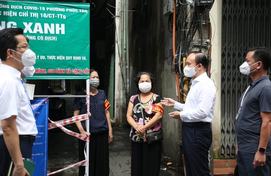 Cử tri Hà Nội mong muốn đẩy nhanh tiến độ tiêm vắc xin, sớm đạt miễn dịch cộng đồng