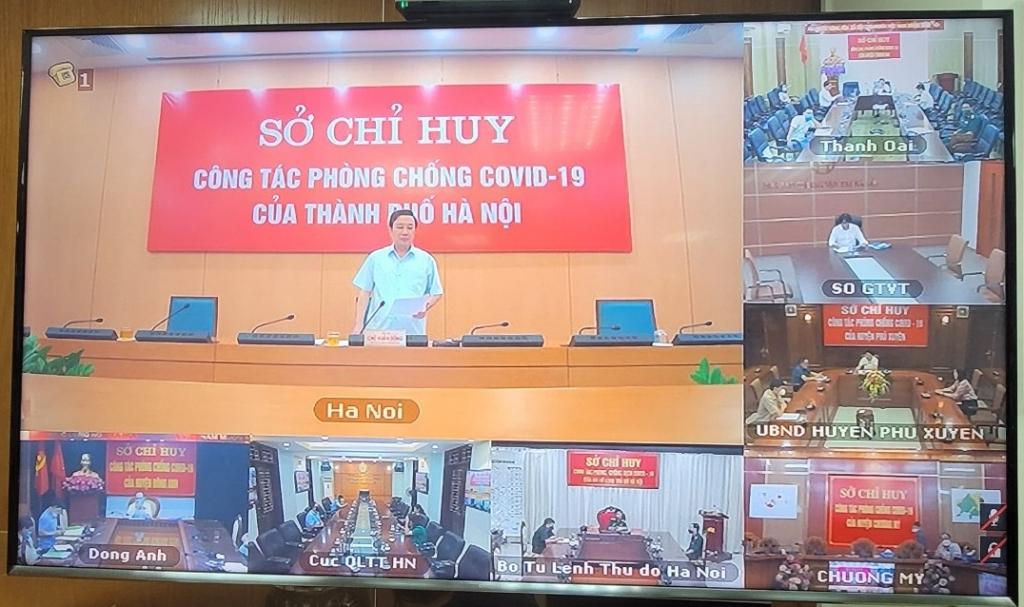 Phó Chủ tịch UBND TP Chử Xuân Dũng chủ trì phiên họp tại điểm cầu Hà Nội