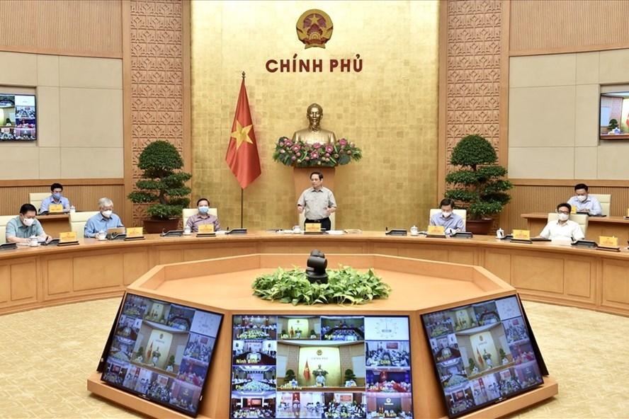 Thủ tướng Chính phủ Phạm Minh Chính chủ trì cuộc họp trực tuyến. Ảnh Nhật Bắc