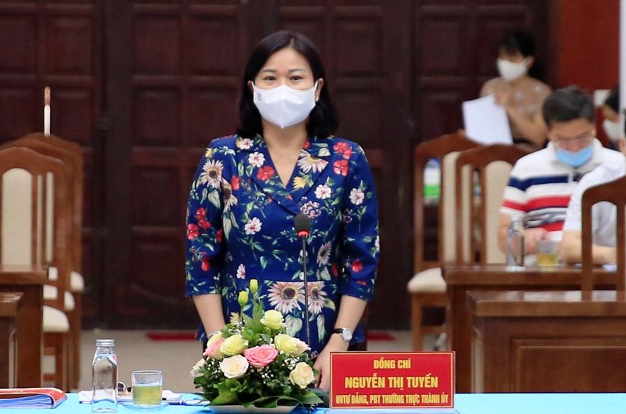 Phó Bí thư Thường trực Thành ủy Nguyễn Thị Tuyến phát biểu tại buổi kiểm tra