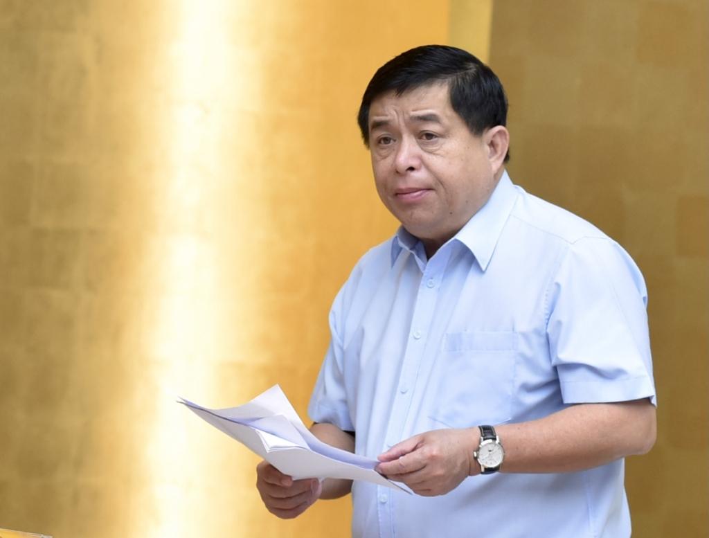 Bộ trưởng Bộ Kế hoạch và Đầu tư Nguyễn Chí Dũng phát biểu tại Hội nghị - Ảnh: VGP/Nhật Bắc