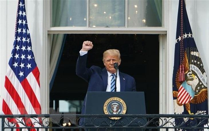 Tổng thống Mỹ Donald Trump nối lại chiến dịch tranh cử tại nhiều bang