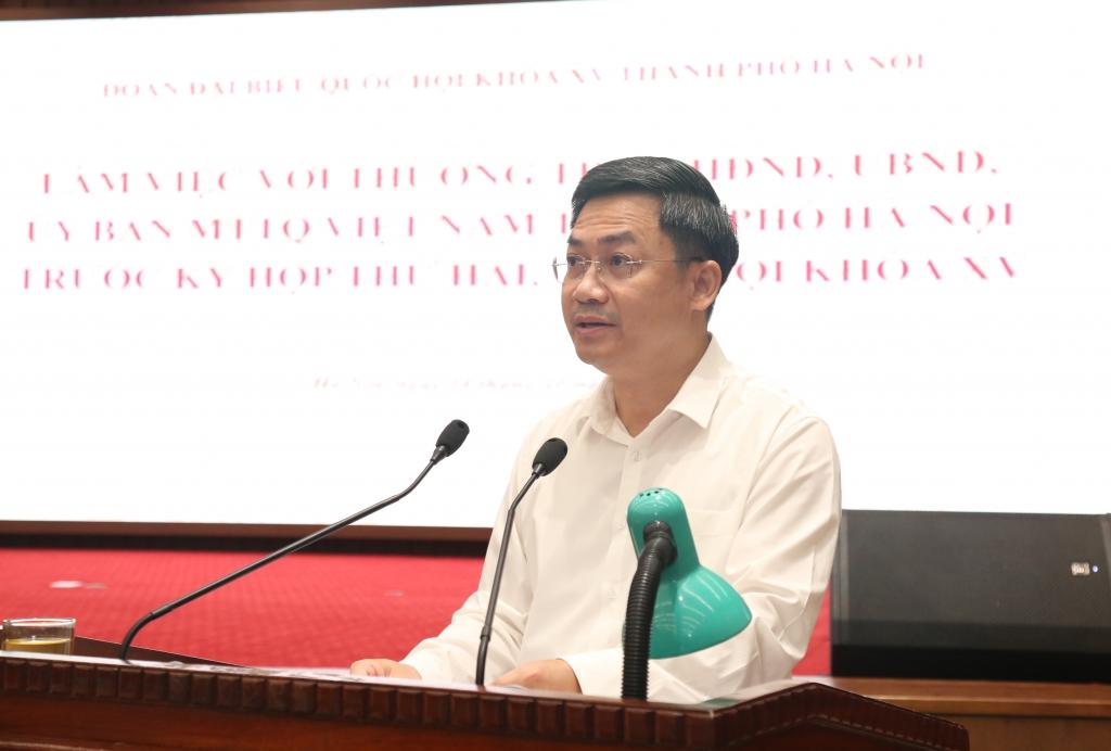 Phó Chủ tịch UBND TP Hà Minh Hải trình bày báo cáo tại buổi làm việc
