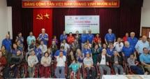 Trao tặng 160 chiếc xe lăn cho người khuyết tật Hà Nội