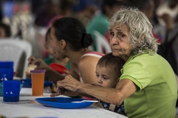 khung hoang nguoi ti nan venezuela buoc sang giai doan moi