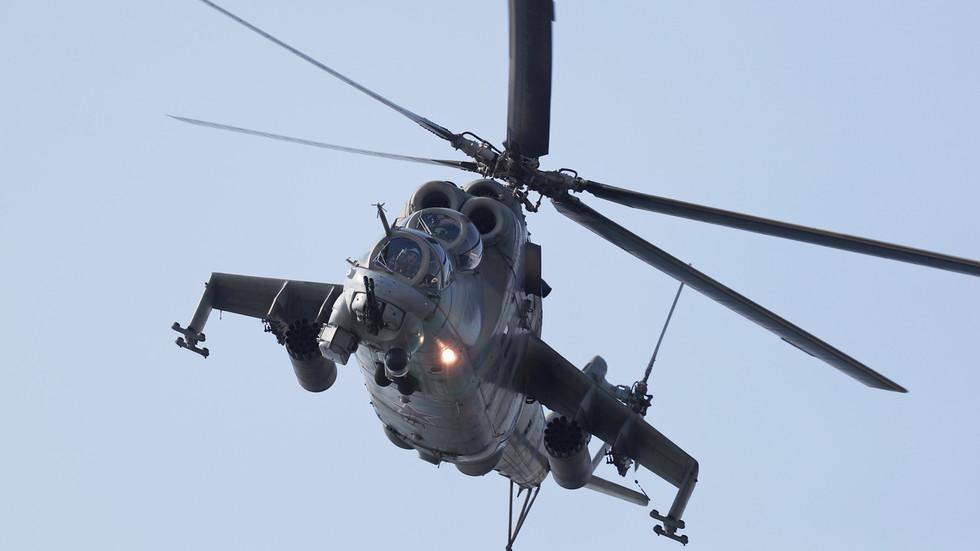 Azerbaijan bắn rơi trực thăng Nga, ông Putin lệnh đưa quân đến vùng xung đột