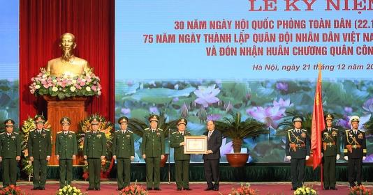 Quân đội nhân dân Việt Nam có bản lĩnh chính trị vững vàng, xử lý thắng lợi các tình huống tác chiến