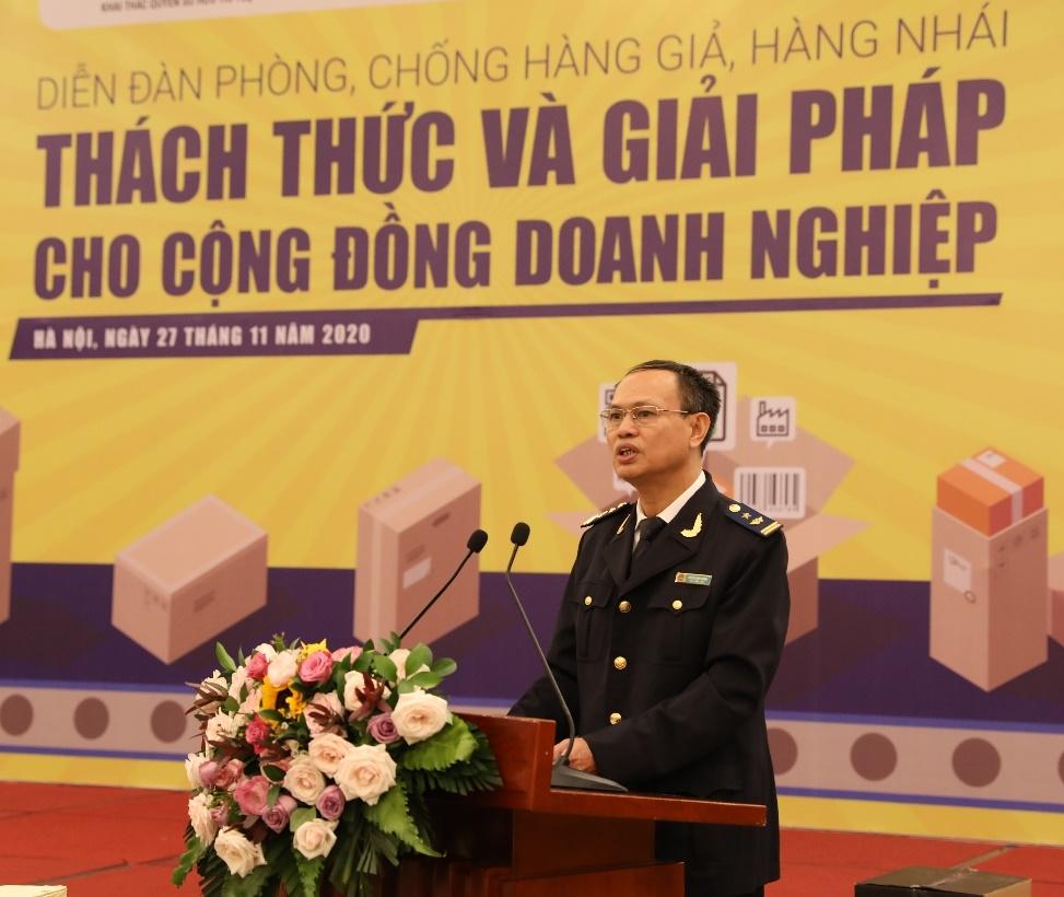 Ông Nguyễn Xuân Khương - Phó Đội trưởng Đội 4, Cục Điều tra Chống buôn lậu, Tổng Cục Hải quan, Bộ Tài Chính phát biểu tại Diễn đàn
