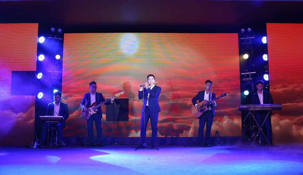 Ban nhạc người lao động KVT được BGK đánh giá cao