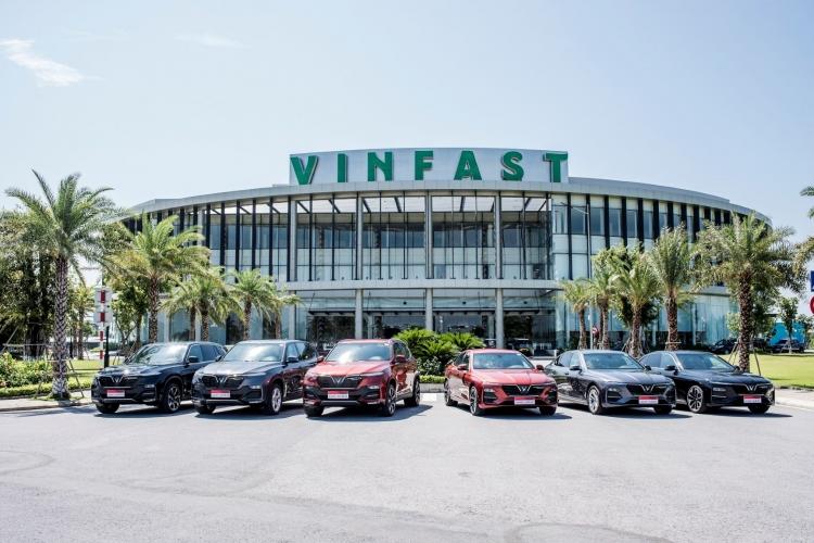 vingroup cong bo da ban hon 17000 xe o to vinfast