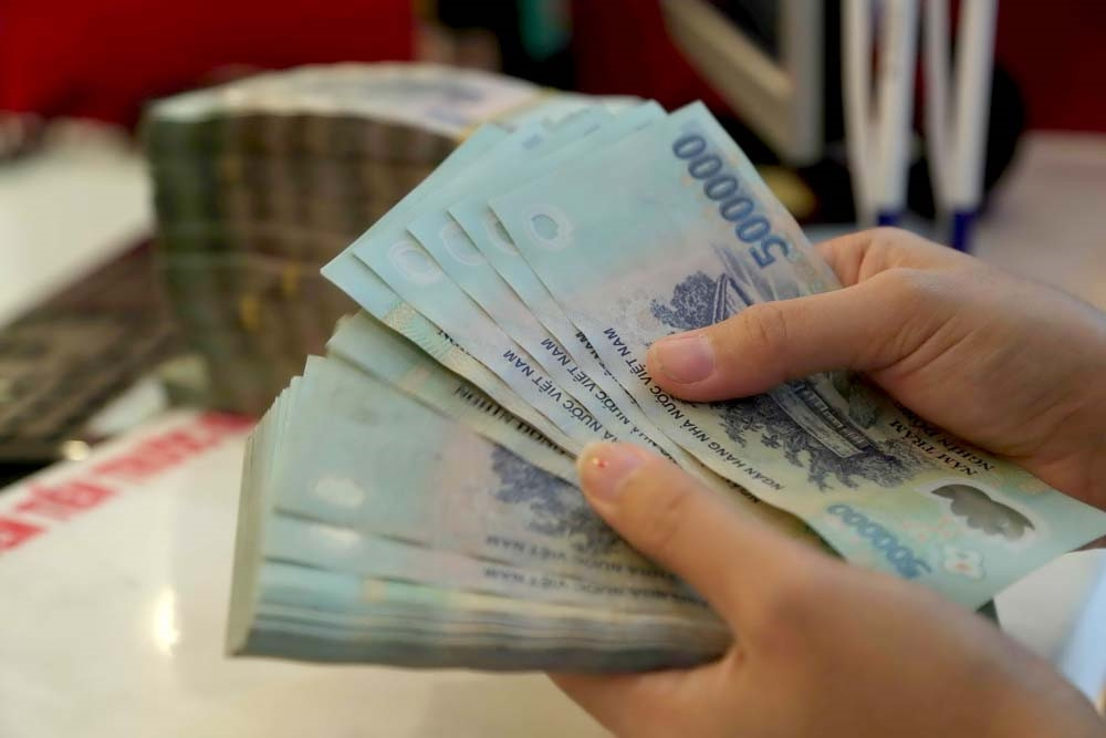 Cuối năm, ngân hàng tăng vay mượn tiền VND lẫn nhau