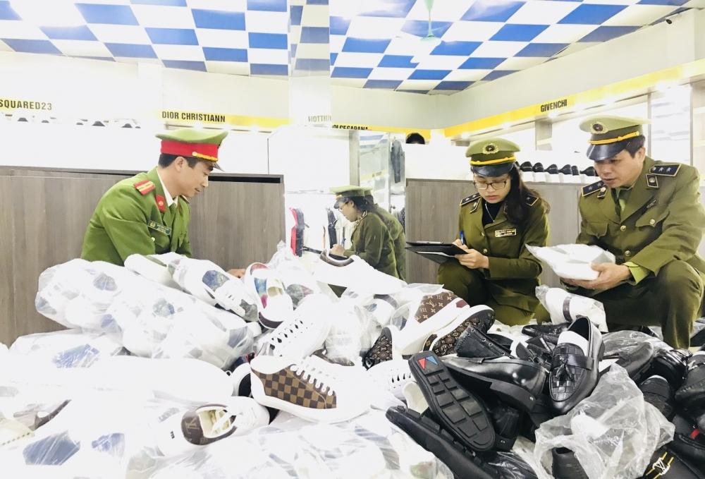 Thủ tướng yêu cầu mạnh tay xử lý hàng giả, hàng nhái dịp Tết Nguyên đán