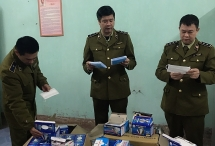 xu phat them 14 cua hang kinh doanh khau trang nuoc sat khuan