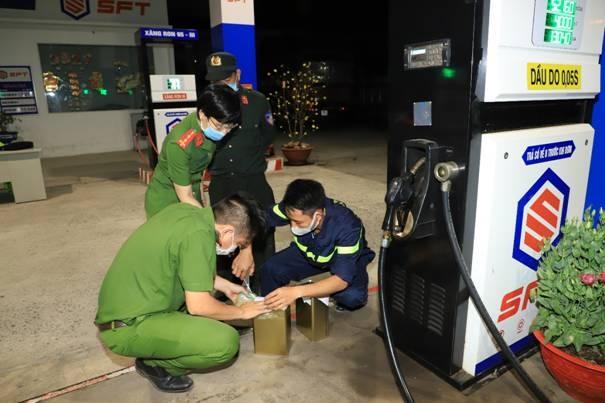 Bắt khẩn cấp 'ông trùm' liên quan đường dây xăng giả khủng tại Đồng Nai