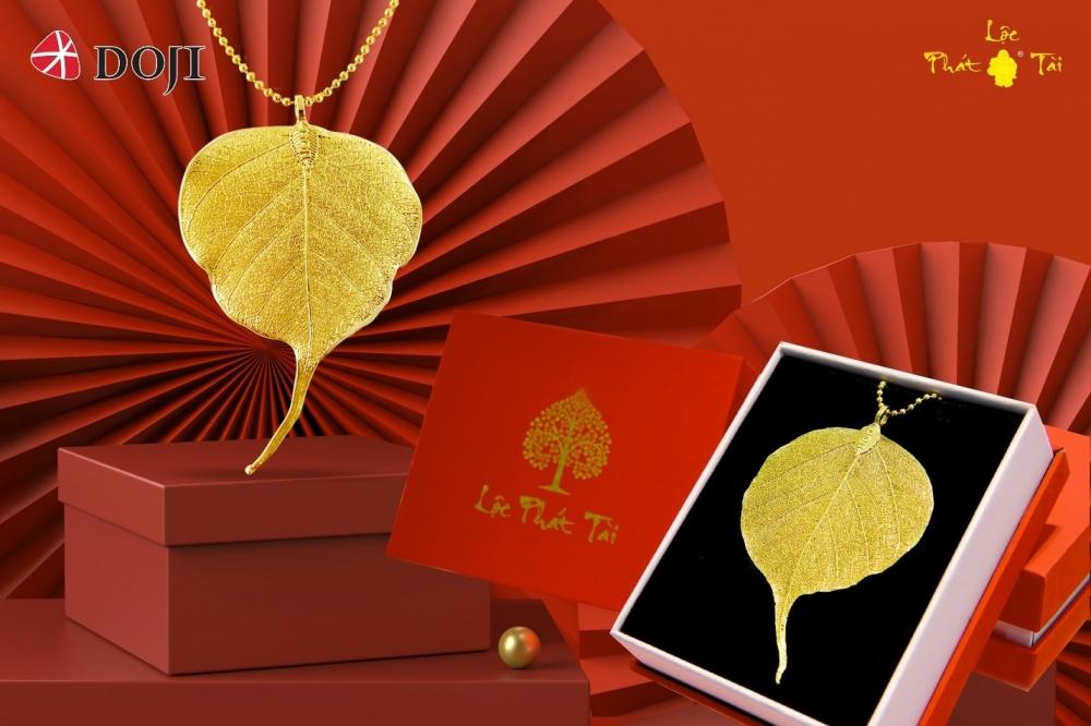 Nhà vàng tung hàng độc, lạ, giá từ vài trăm nghìn hút khách dịp Thần Tài