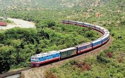 Đường sắt giảm sâu giá vé tàu sau Tết