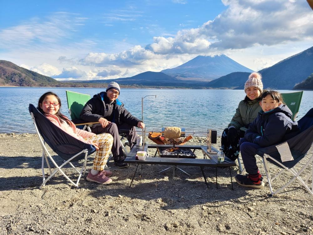 Đi cắm trại là cơ hội để thấu hiểu con cái và nuôi dưỡng tình yêu thiên nhiên