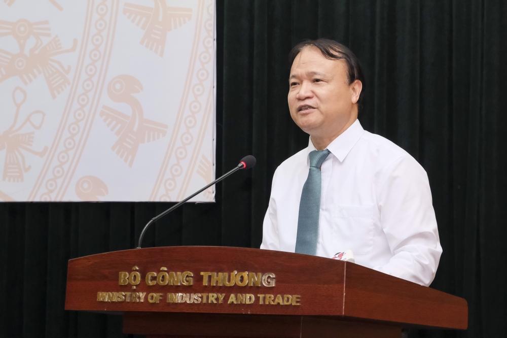 Thứ trưởng Bộ Công thương: Giá xăng tăng liêp tục là tất yếu