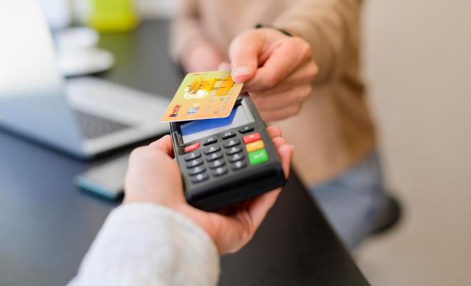 """NCB miễn phí đổi thẻ từ sang thẻ chip """"không chạm"""""""